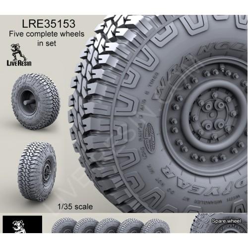LRE35153 Wrangler/Good Year 37